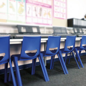 en-chair-room-shot.jpg